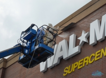 atlanta-worker-wallmart