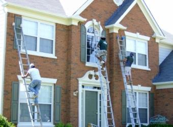 exteriors-workers-atlanta
