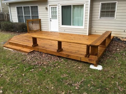deck-staining-duluth-ga