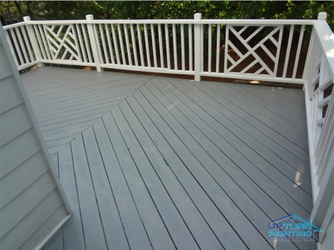 gray-deck-staining-atlanta
