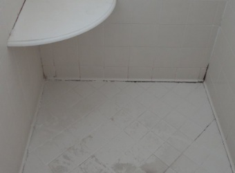 bathroom-stall-before-atlanta